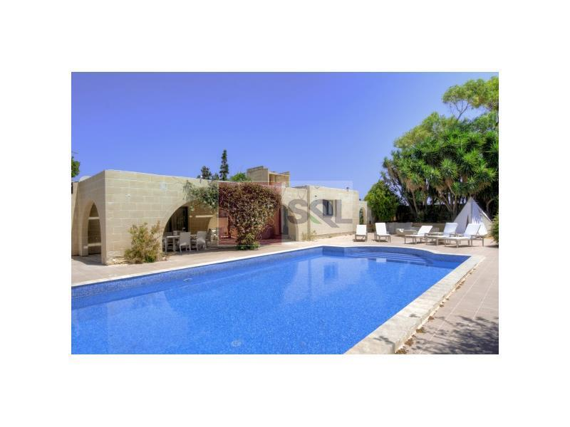 Villa in Bahar ic-Caghaq To Rent