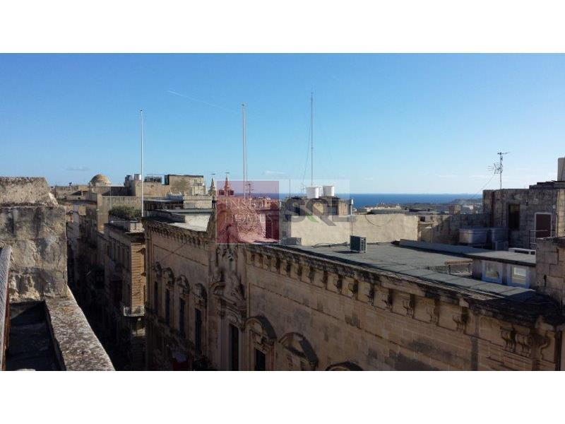Commercial in Valletta For Sale