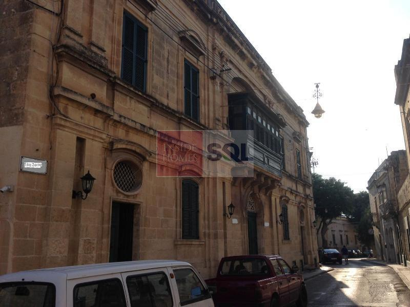 House of Character in Tarxien To Rent
