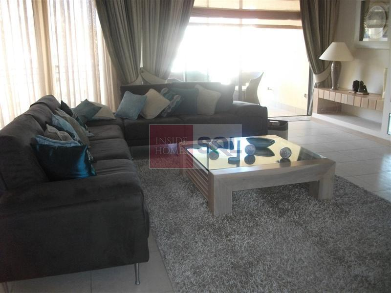 Apartment in Portomaso To Let