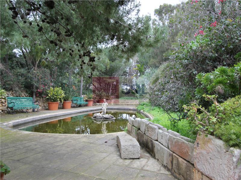 House of Character in Dingli For Sale