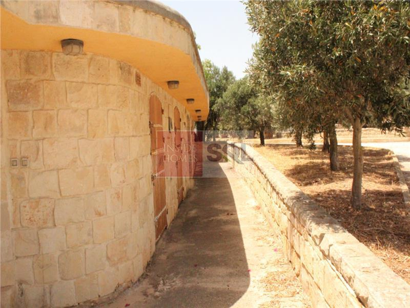 Farmhouse in Dingli For Sale