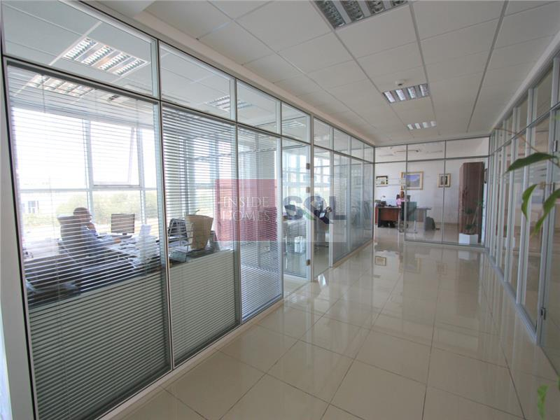 Office in Luqa To Rent