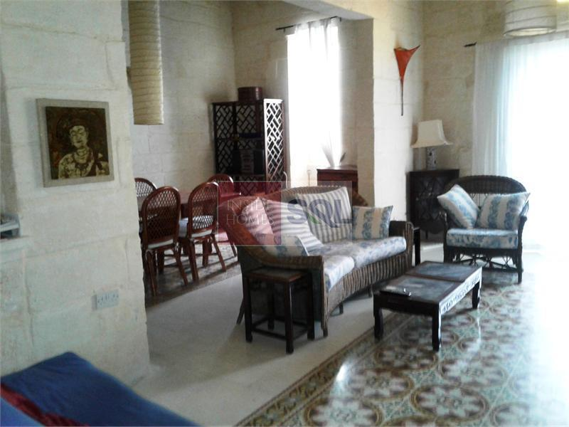 Townhouse in Ta' Giorni To Rent