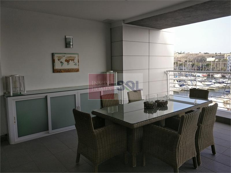 Apartment in Ta' Xbiex To Rent