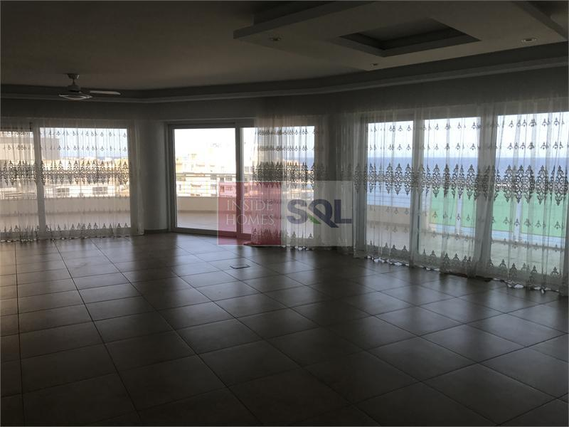 Apartment in Fort Cambridge For Sale
