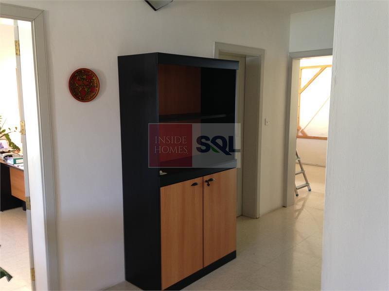 Retail/Catering in Ta' Xbiex To Rent