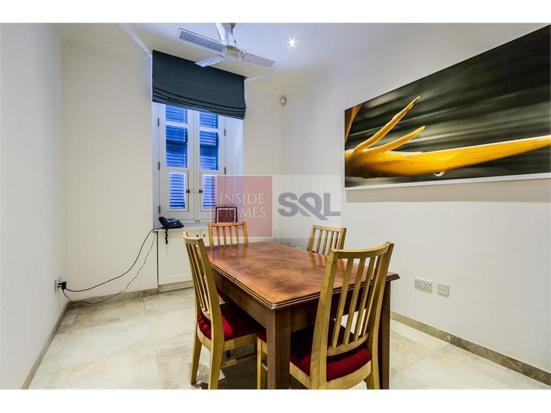 Townhouse in Valletta For Sale / To Let
