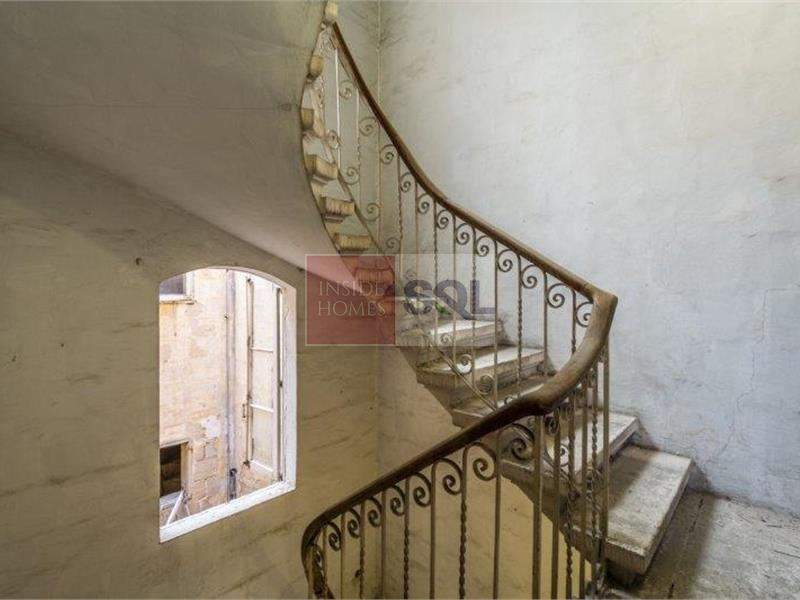 Townhouse in Valletta For Sale
