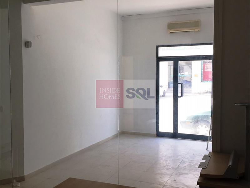 Retail/Catering in Santa Venera To Let