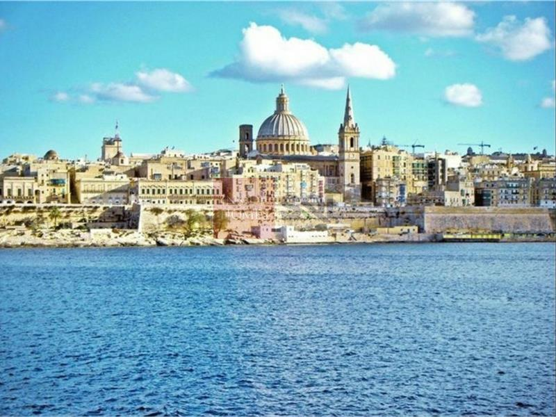 Commercial in Valletta To Let