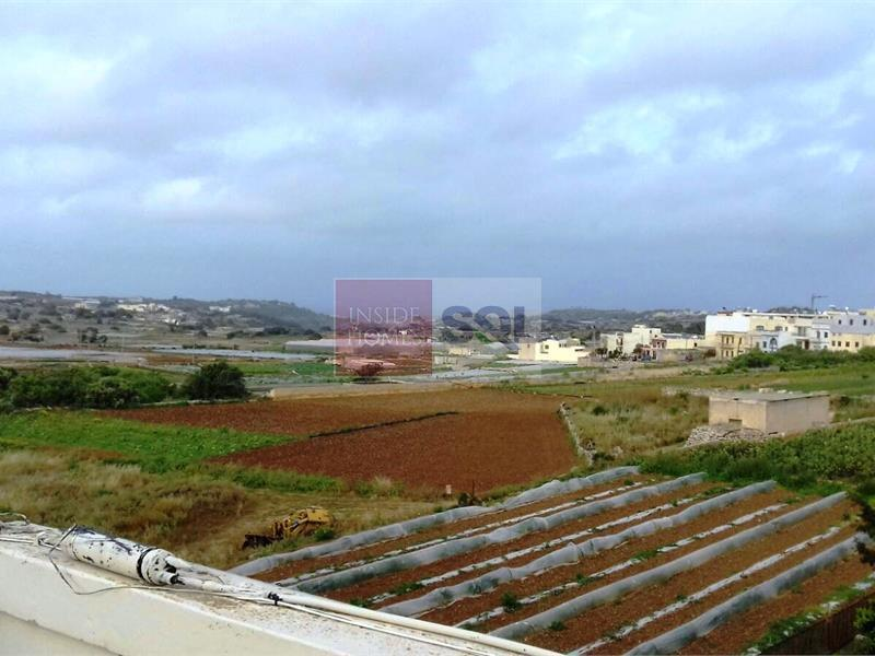 Terraced House in Mgarr To Let