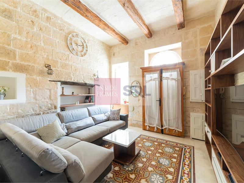 Townhouse in Gharghur To Let