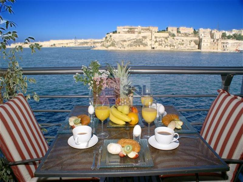Apartment in Vittoriosa (Birgu) To Let