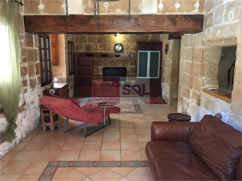 House of Character in Mosta To Let