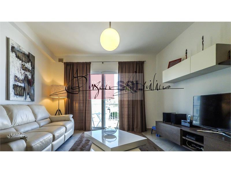 Apartment in Xemxija To Let