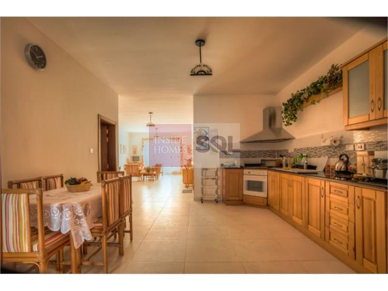 Garage To Let In Marsascala: Apartment In Marsascala To Let Ref 16929