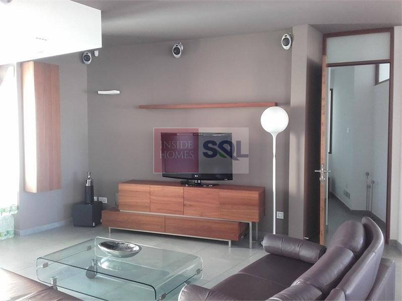 Apartment in Portomaso For Sale / To Rent