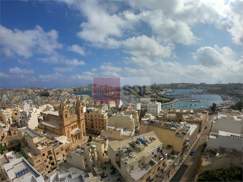 Apartment in Gzira For Sale