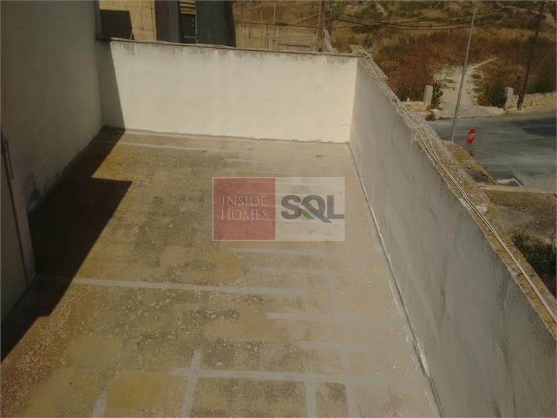 Terraced House in Mgarr To Rent
