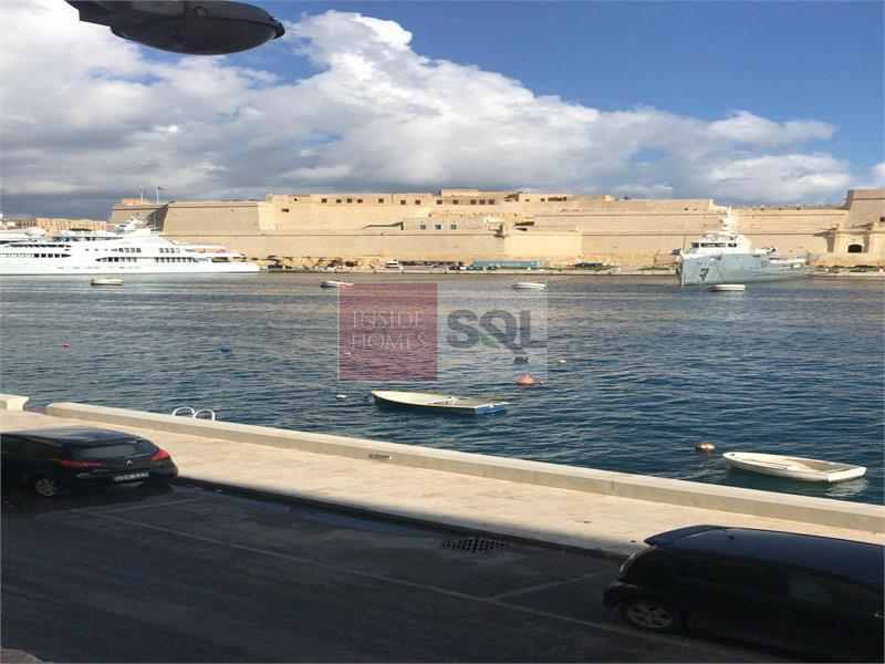 Apartment in Senglea (Isla) To Rent