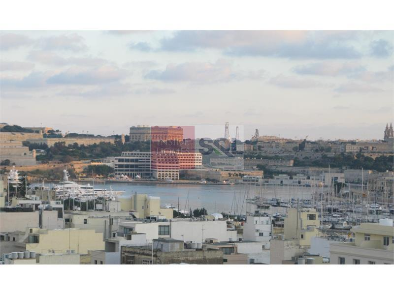 Penthouse in Gzira For Sale