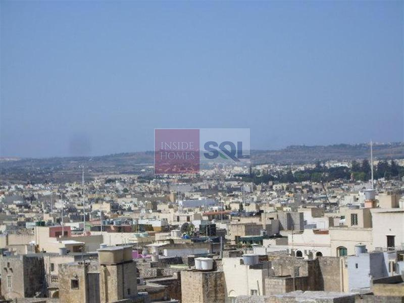 Penthouse in Birkirkara To Let