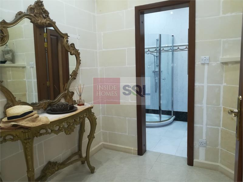 Villa in Zurrieq To Rent