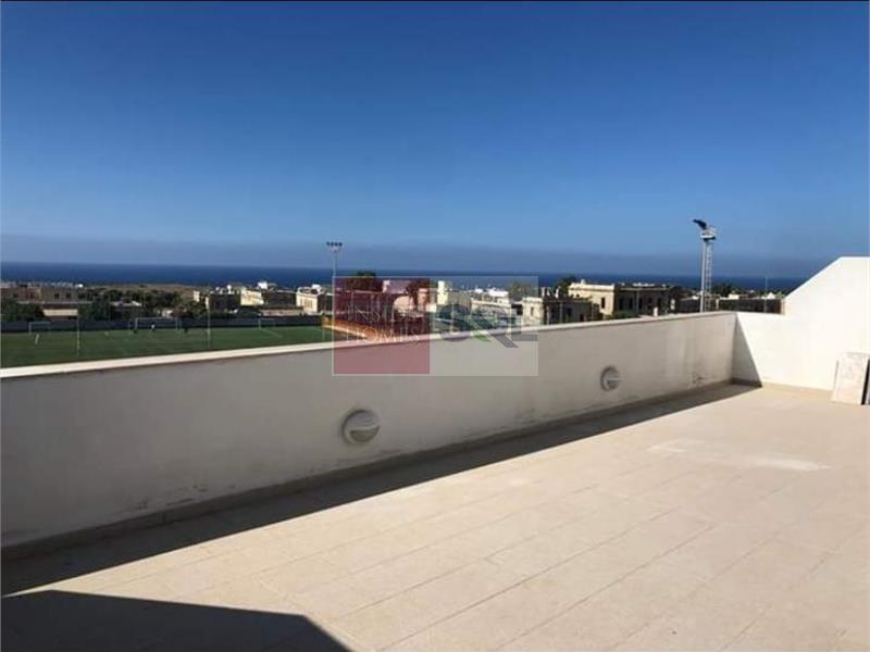 Penthouse in Ta' L-Ibrag To Rent