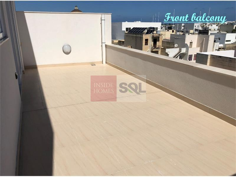 Penthouse in Mosta For Sale