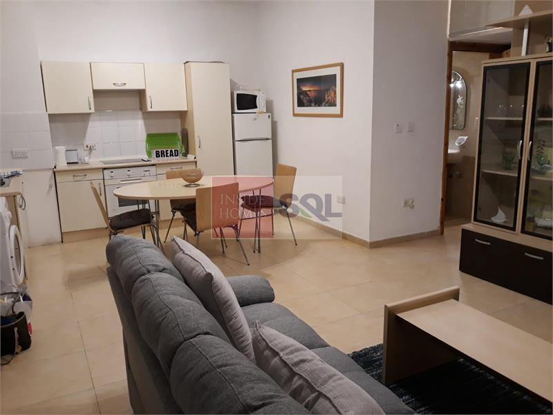 Apartment in Gzira To Rent
