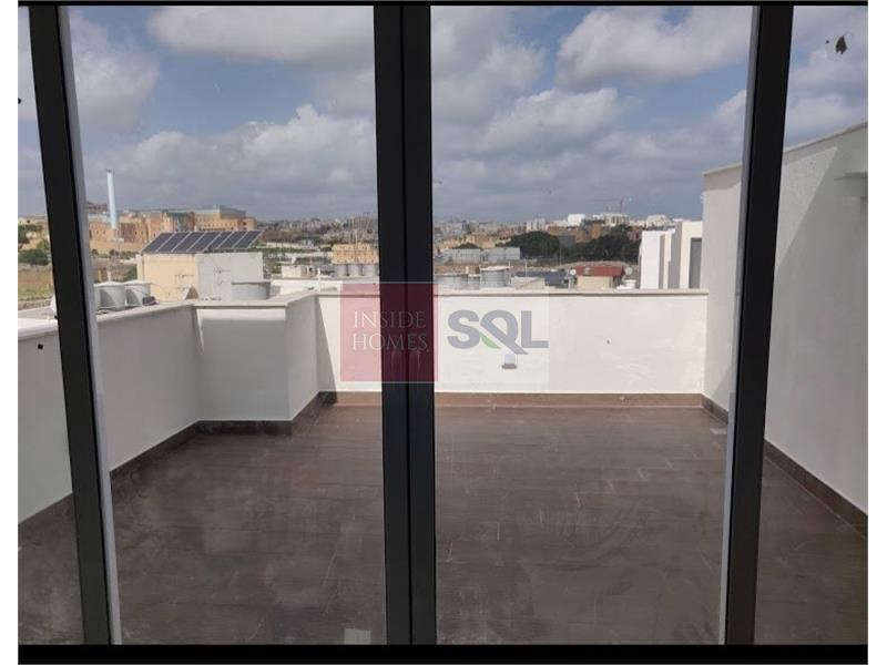 Penthouse in Msida To Let