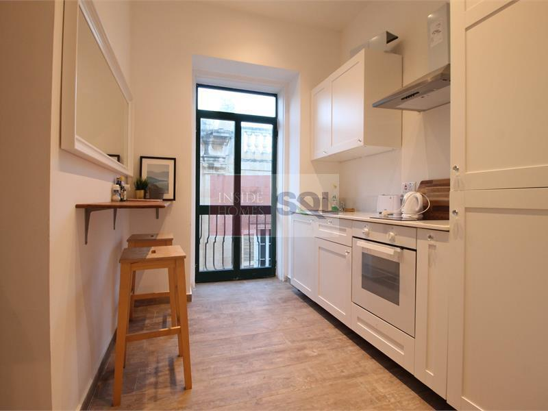 Studio Apartment in Valletta To Let