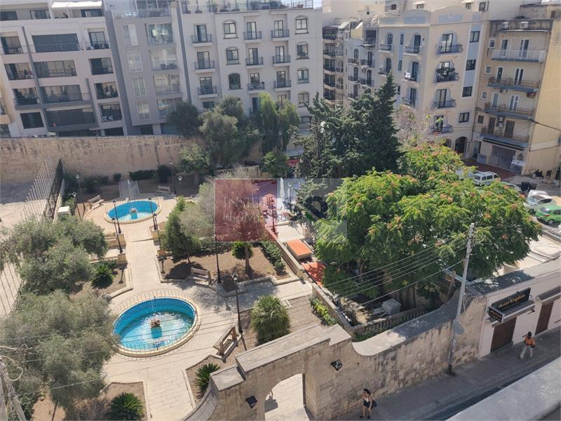 Studio Penthouse in St. Julians To Rent
