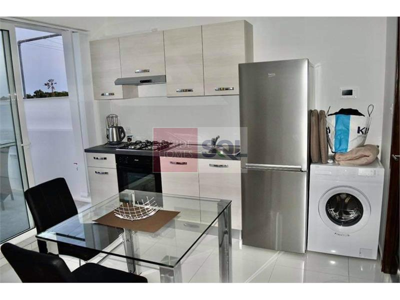 Studio Penthouse in Dingli To Rent