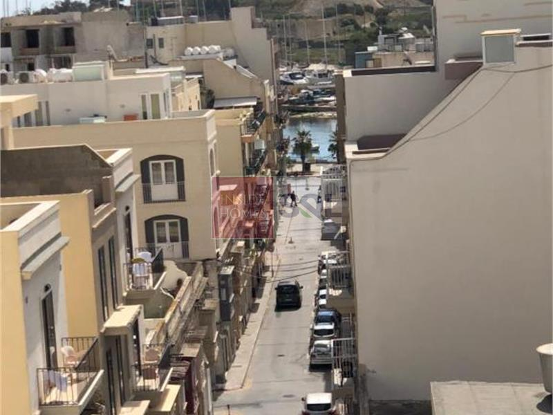 Penthouse in Gzira To Rent