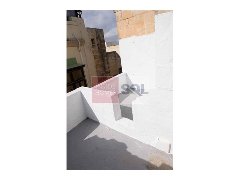 Townhouse in Cospicua (Bormla) To Rent