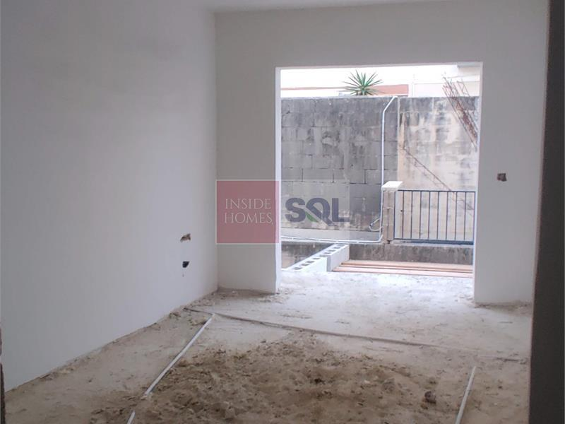 Apartment in Swatar For Sale