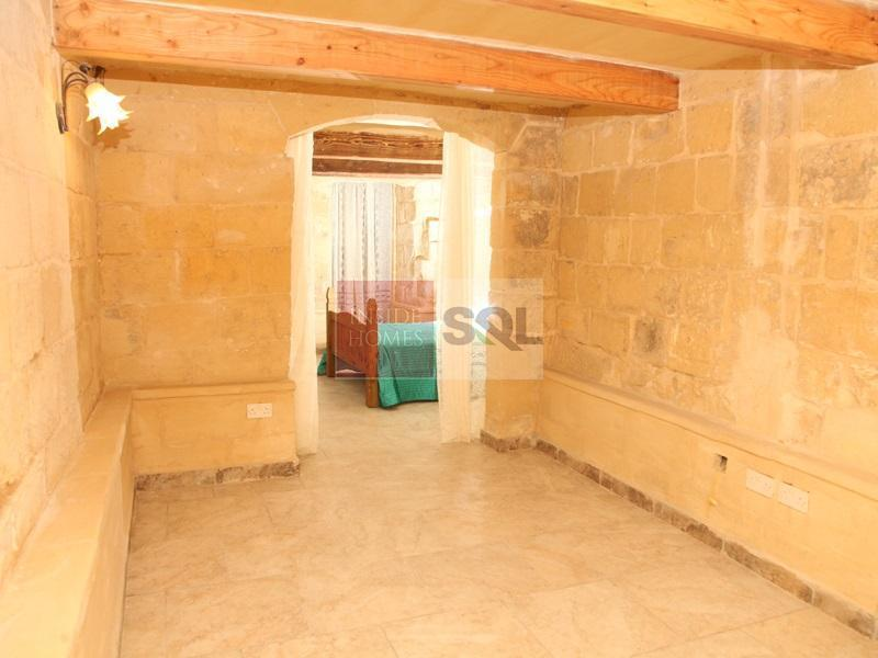 Maisonette in Cospicua (Bormla) To Rent