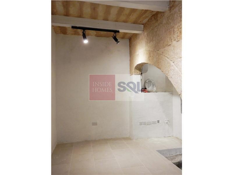 Retail/Catering Commercial in Valletta To Let